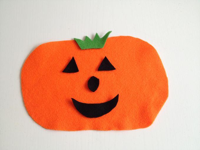 Halloween Easy Felt Pumpkins