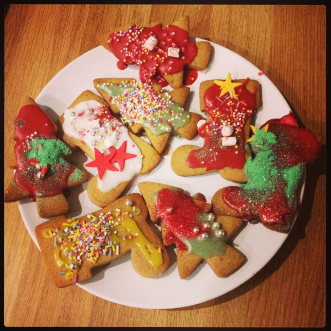 Decorating Iced Spiced Biscuits