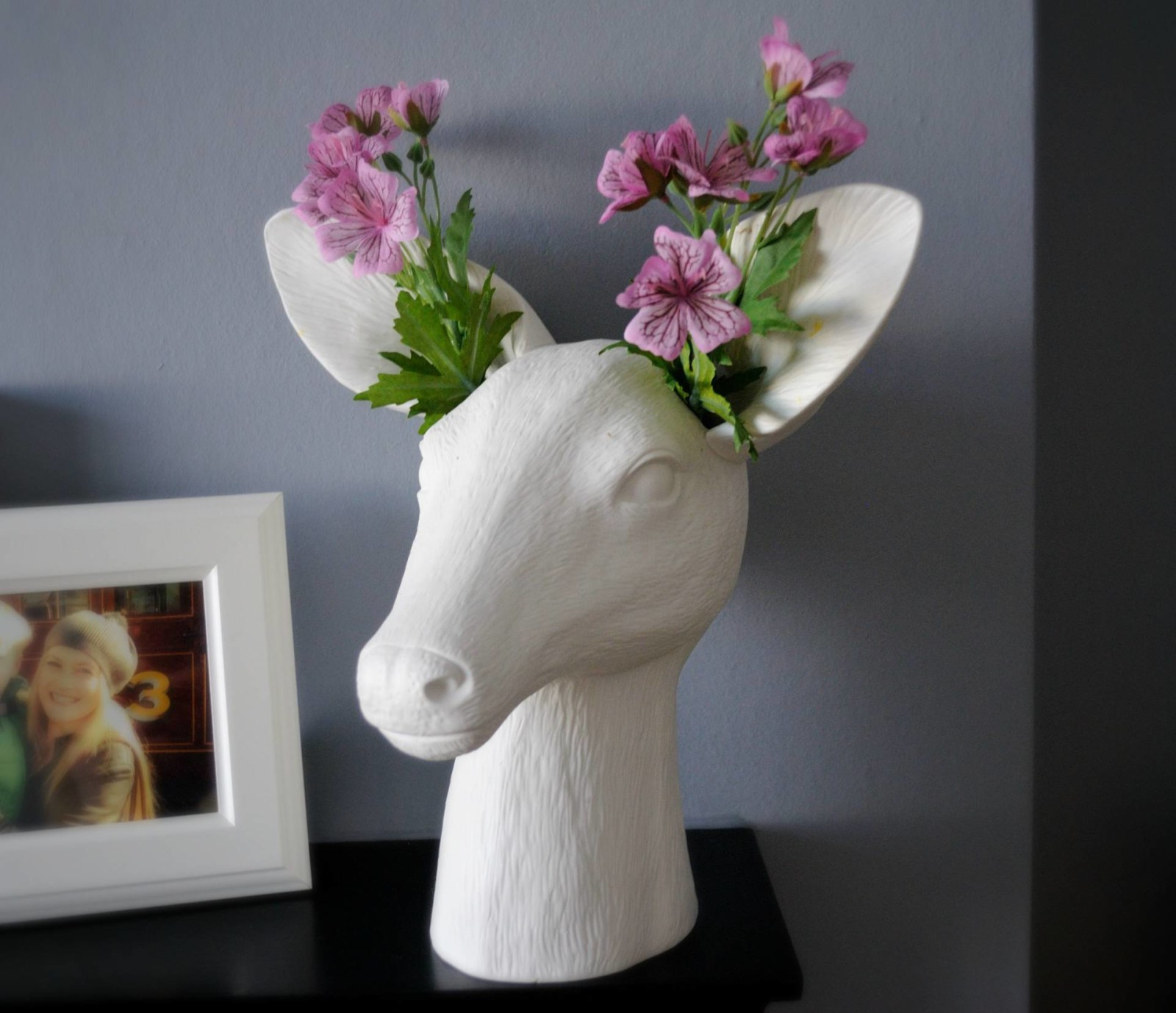 Home Comforts – Anthropologie Deer Vase