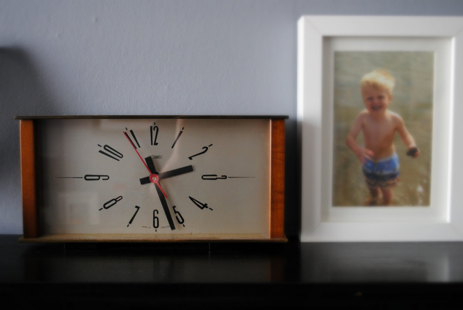 Home Comforts – 1970s Charity Shop Clock Find