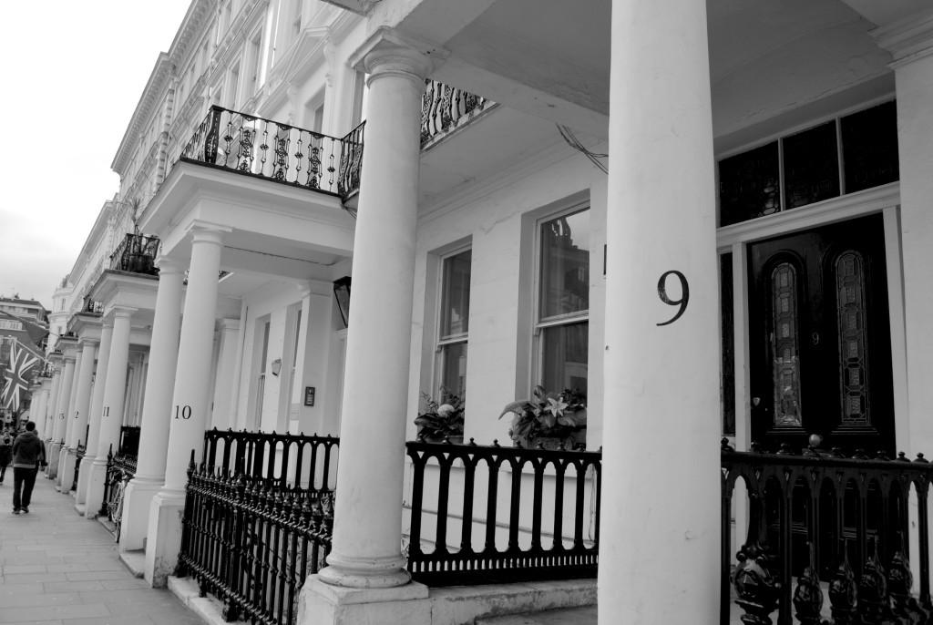 Life in London: Buildings of Kensington & Belgravia