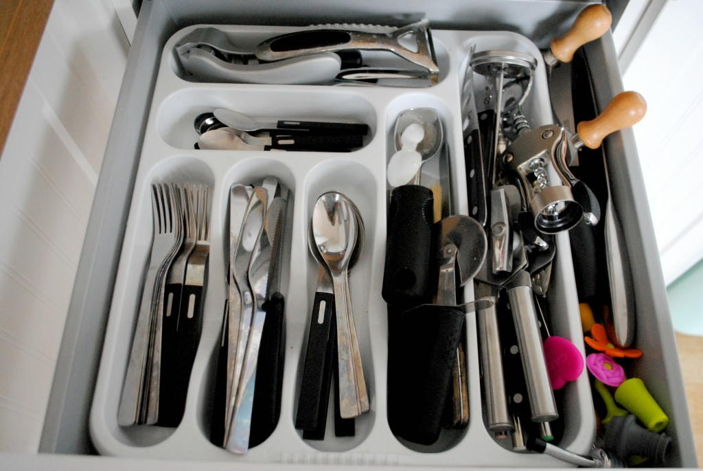 The declutter diaries – The Kitchen Drawer