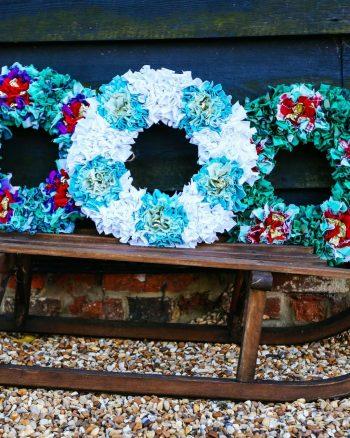 How to make a Christmas Rag-rug Wreath