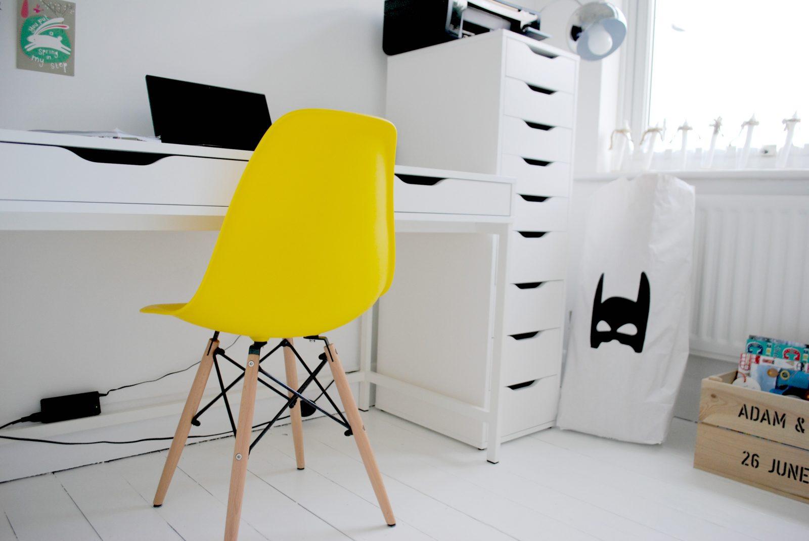 Win! An Eames-Inspired Eiffel Retro Chair