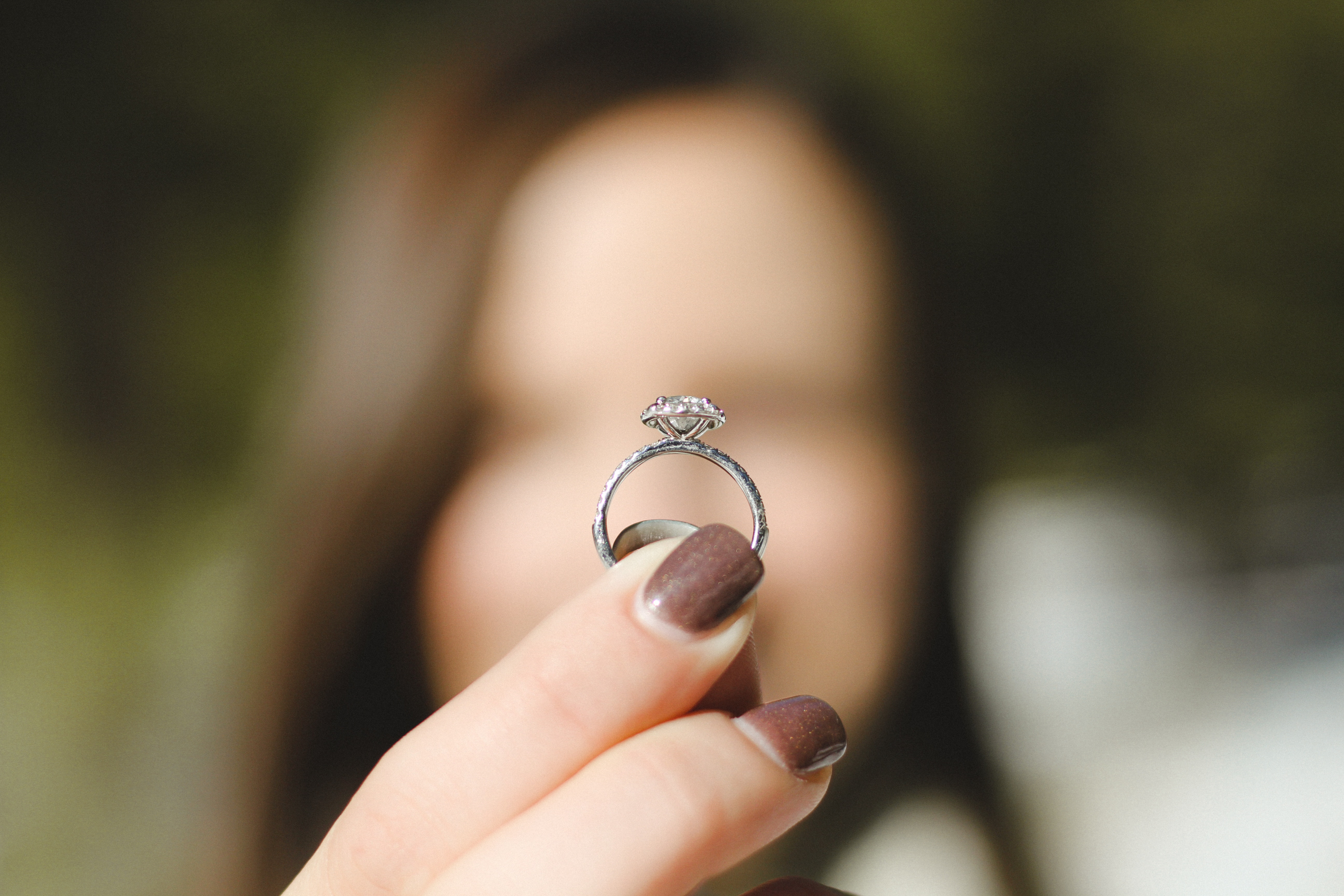 Top Tips for Buying an Engagement Ring