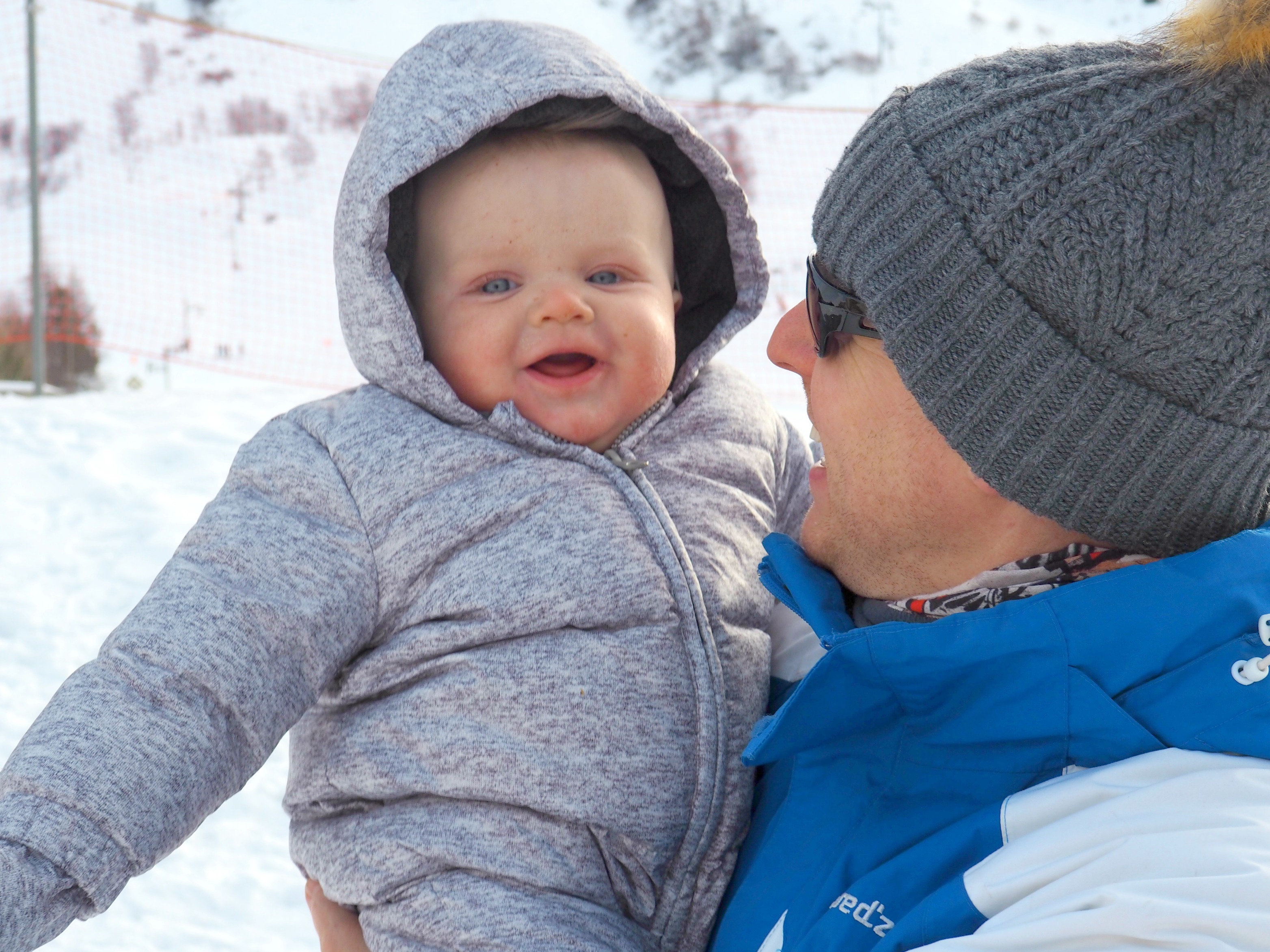 How to have a successful skiing holiday with a baby