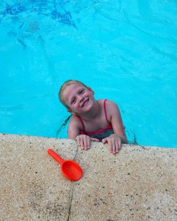 #LearnToSwim with Swim England and WIN a year of swimming lessons for your child!