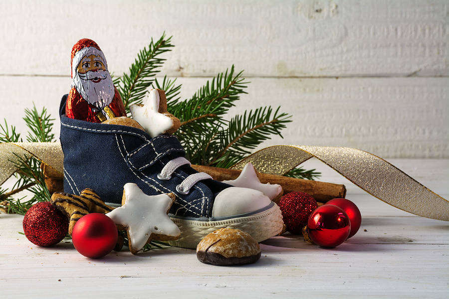 Festive and Sustainable Christmas Decorations to Make at Home