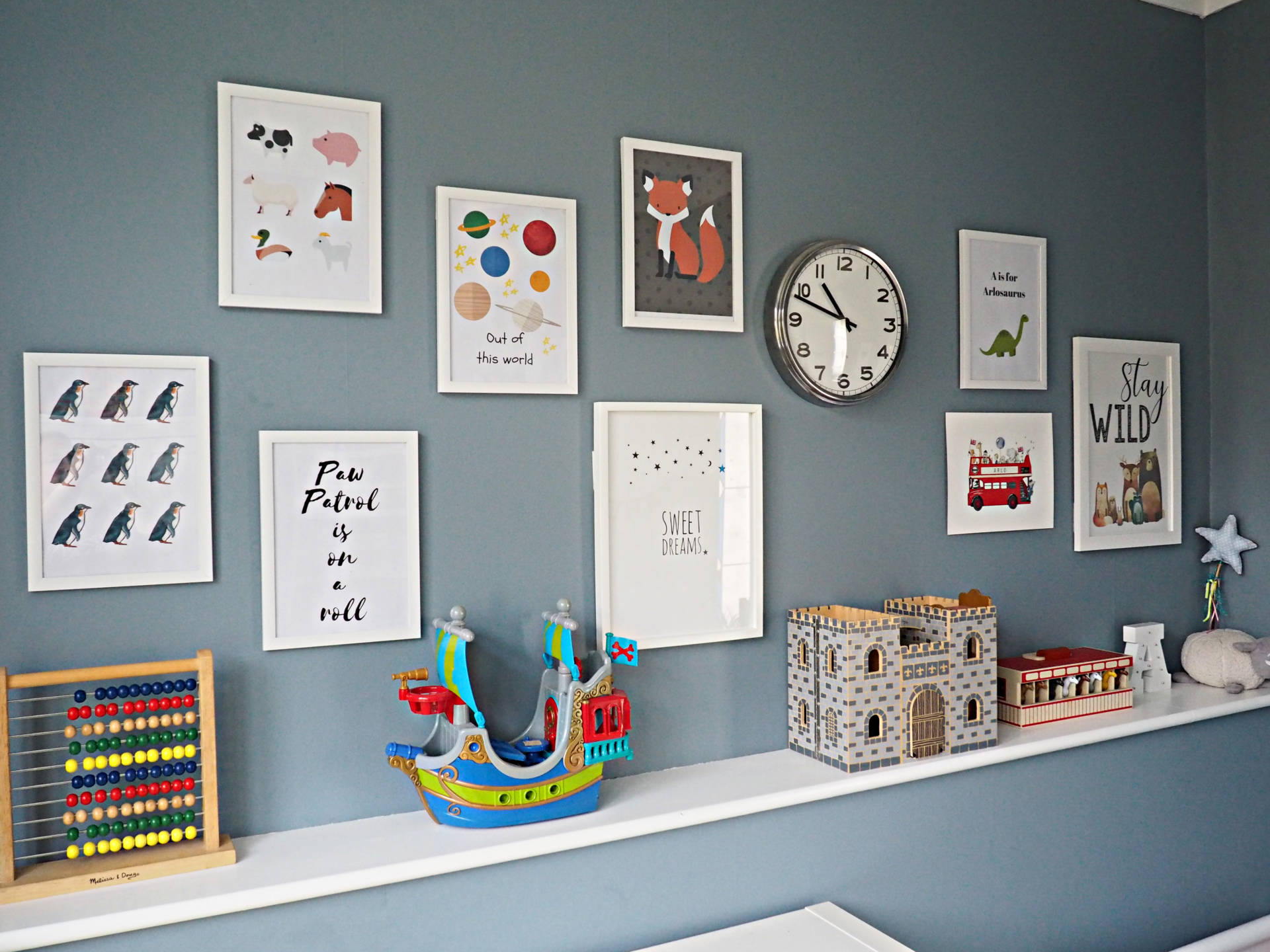 children's gallery wall