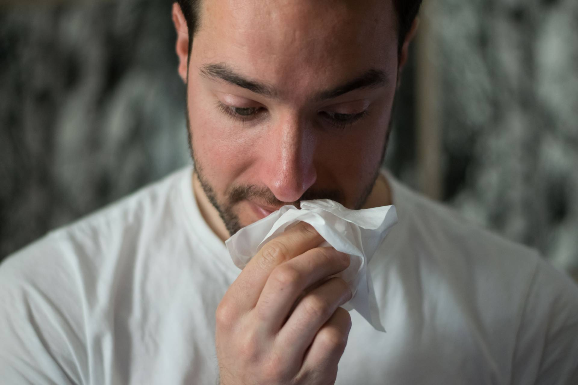7 Signs You May Have An Allergy