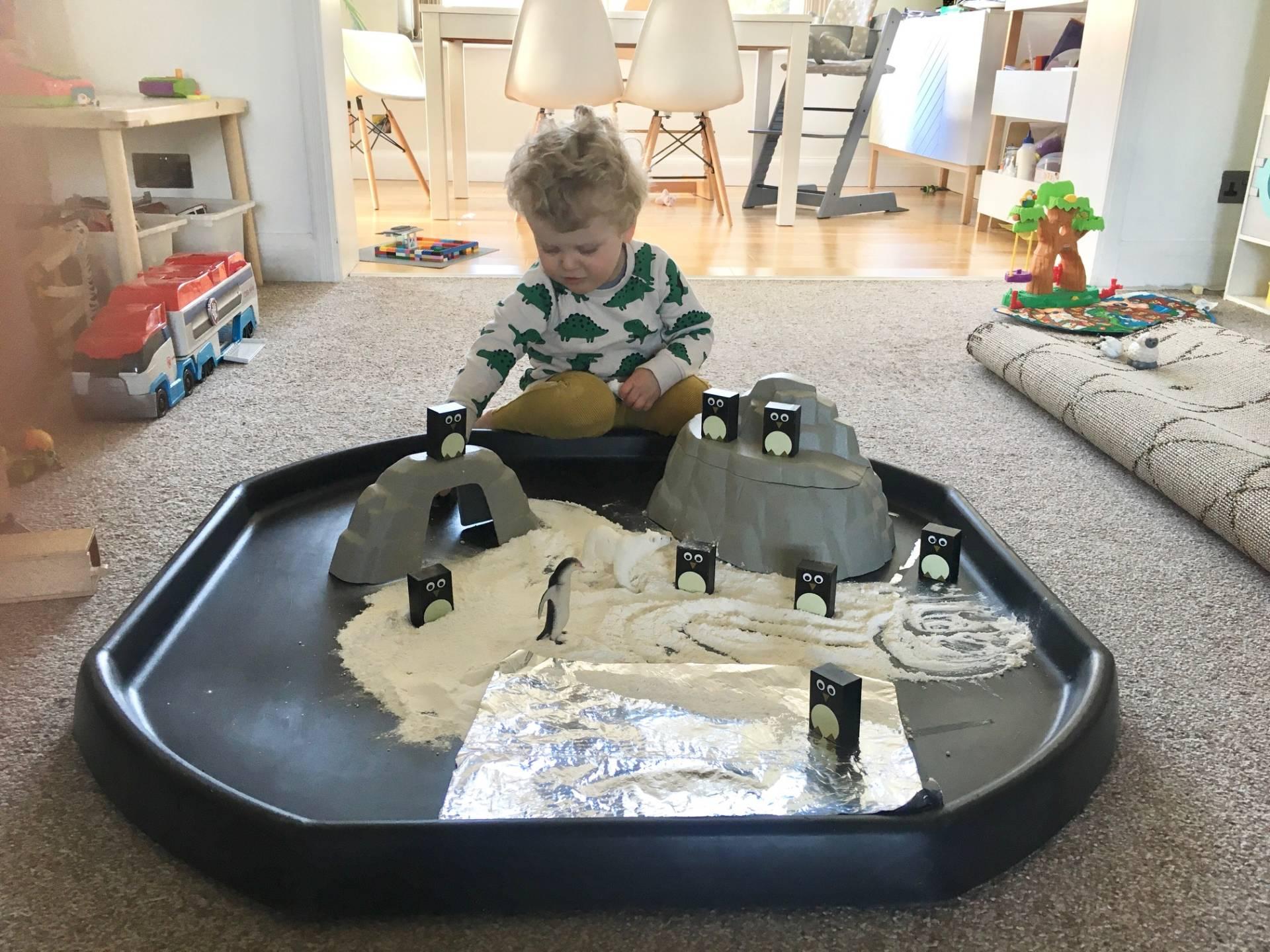 small play penguin world