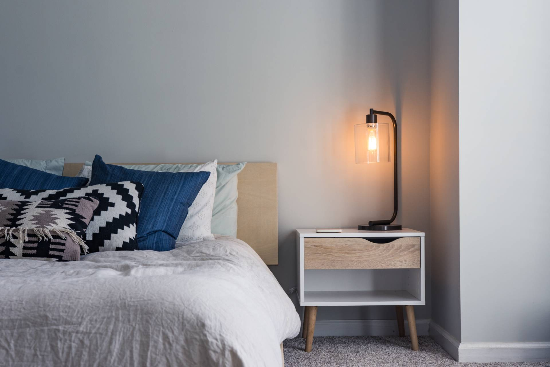 Making The Most Out Of Your Bedroom: The Tips To Help You Do It
