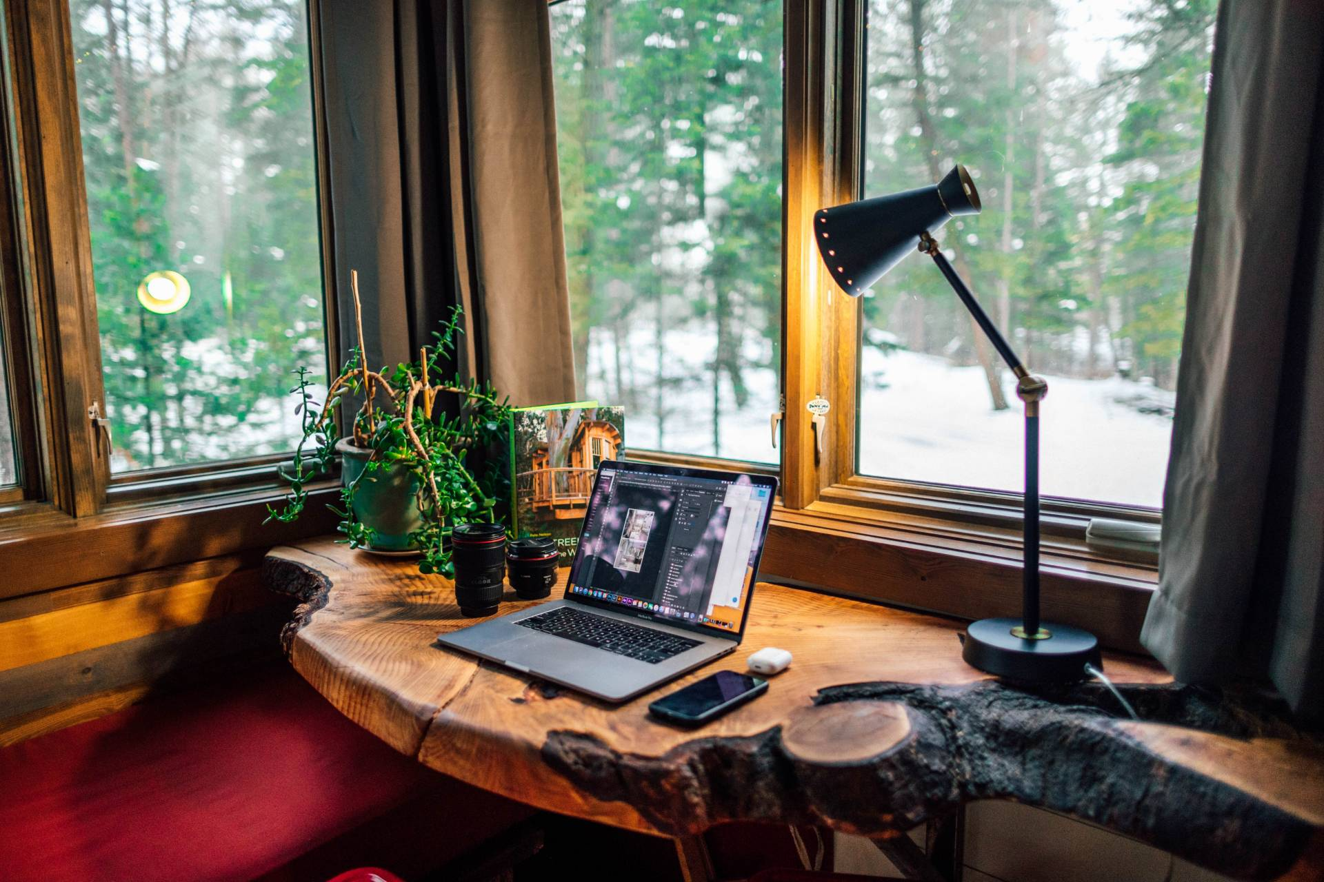 3 Steps to Make Your Home Office More Inspiring